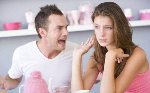 Agressões verbais que você não deve tolerar