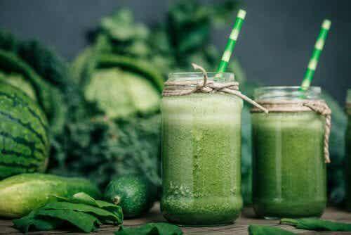Por que as batidas verdes são suas grandes aliadas na dieta?