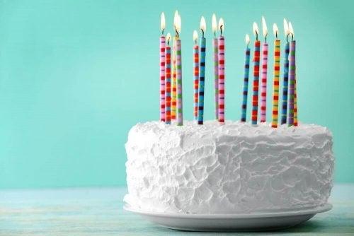 Prepare este delicioso bolo de aniversário em casa