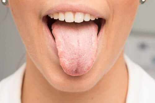 É essencial realizar corretamente a limpeza de toda a boca, e não apenas dos dentes