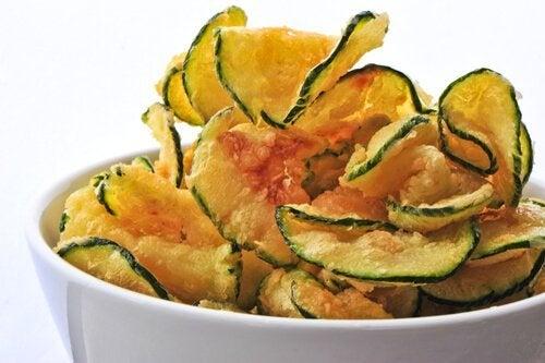 Chips de vegetais: 3 receitas simples para fazê-las