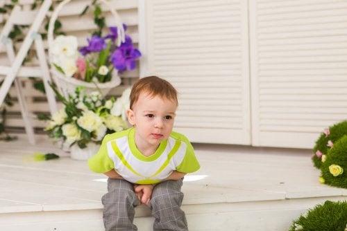 A constipação infantil causa dor abdominal