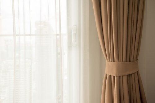 As cortinas cor de rosa sempre combinam