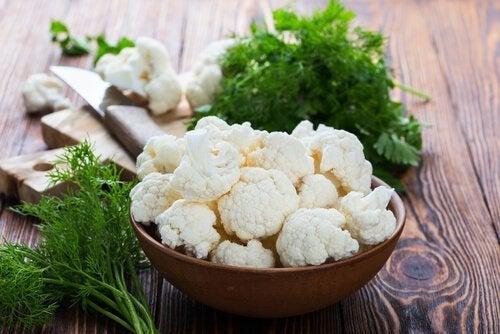 Pode fazer seus nuggets vegetarianos com couve-flor