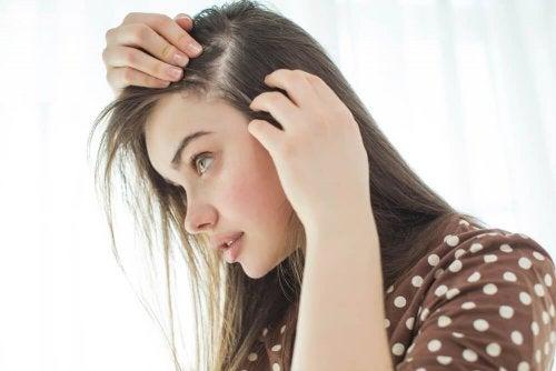 10 dicas para fortalecer o couro cabeludo naturalmente