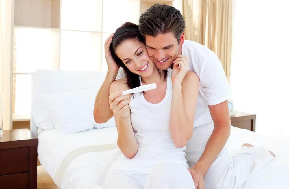 8 formas divertidas e originais de contar que está grávida