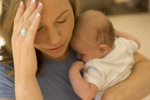 O cansaço impede de cuidar do corpo após o parto