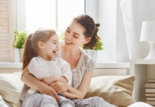 5 maneiras de dizer ao seu filho que você o ama