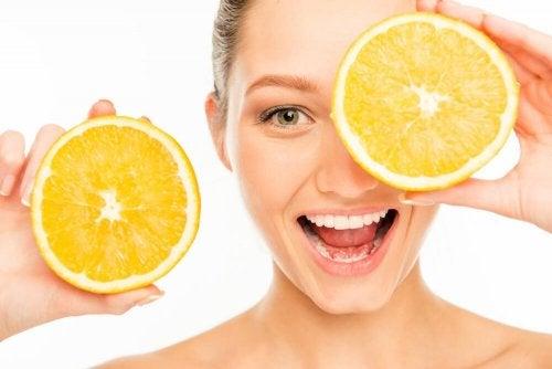 6 alterações que você deve fazer em sua dieta para cuidar da pele