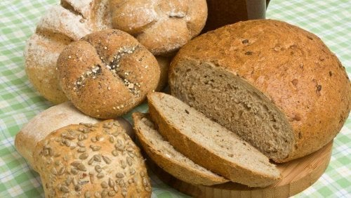 O pão é uma forma de incluir carboidratos na dieta
