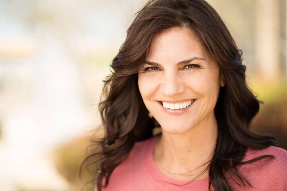 Como usar a raiz da Maca Peruana para controlar os sintomas da menopausa