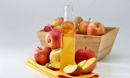 Vinagre de maçã ajuda a aliviar o refluxo