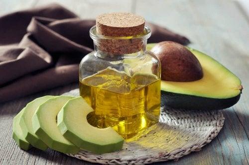 Remédios naturais tópicos para aliviar o túnel do carpo: Óleo de abacate
