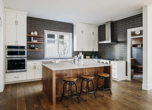 8 ideias para aprimorar o armazenamento na cozinha