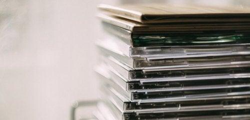 CDs para fazer cortinas com CDs reciclados