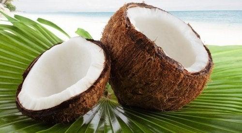 Receita saudável de biscoitos de coco e amêndoas