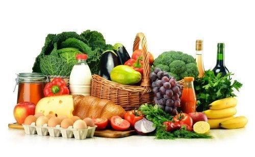 Uma alimentação equilibrada ajuda a reduzir os efeitos da poluição