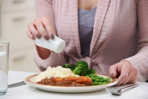 Dieta hipossódica, o sal sob controle