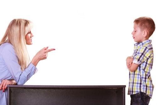 Como punir as crianças: evite que a criança desobedeça