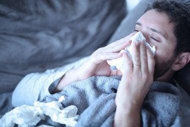 Homem com gripe
