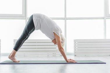 O que você precisa saber sobre a ioga são as posturas