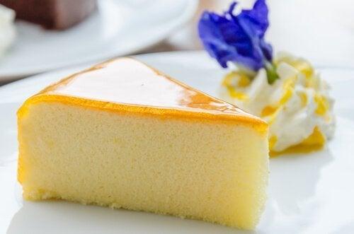 Torta de laranja com cobertura