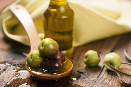 Azeite de oliva para a prisão de ventre