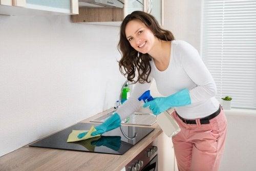 Desengordurantes caseiros para a cozinha