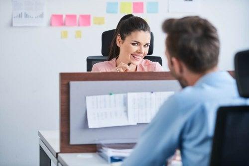 A organização ajuda a aumentar seu desempenho no trabalho