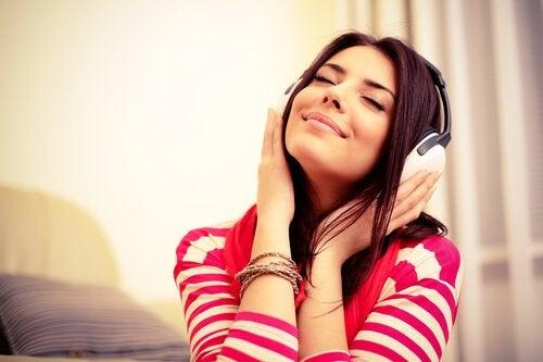 Formas de relaxar: ouvir música
