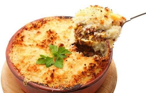 Prato com creme de batatas