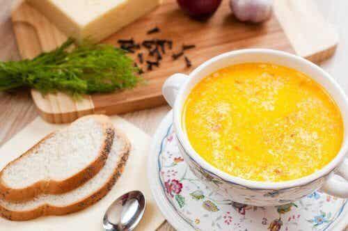 Sopa espanhola, um prato simples e saboroso