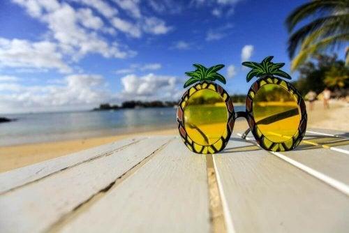 Qual é a melhor cor para lentes de óculos de sol?