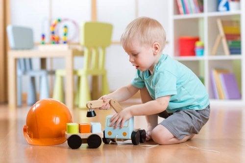 Quais são as vantagens deseu filhobrincar sozinho ?