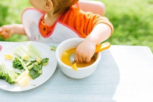7 dicas contra a alergia infantil : Cuidar da alimentação