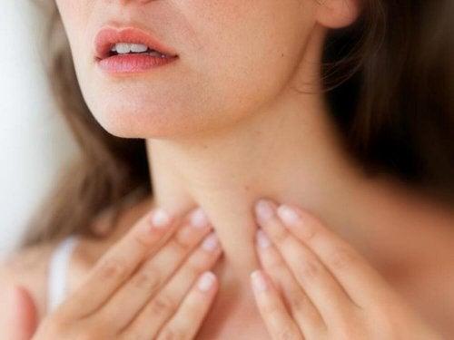 As dietas com alto teor de carboidratos são prejudiciais para problemas na tireoide