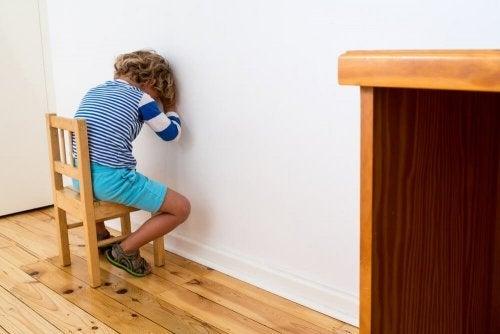 Repreender os filhos dará a eles mais segurança