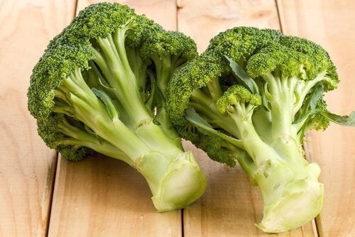 Brócolis para preparar creme
