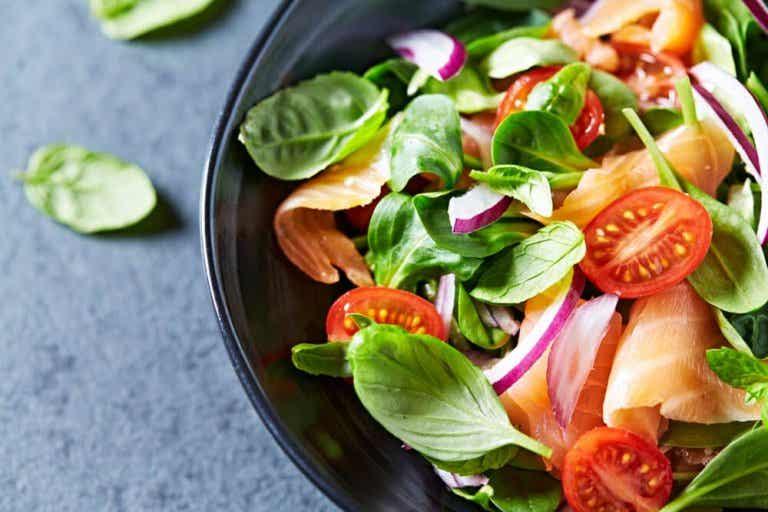 Calorias escondidas: sua salada não é sempre tão saudável