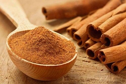 Em uma alimentação saudável consuma canela em vez de açúcar