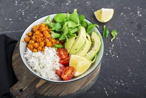 Como perder peso sem esperar por um milagre: Alimente-se saudavelmente