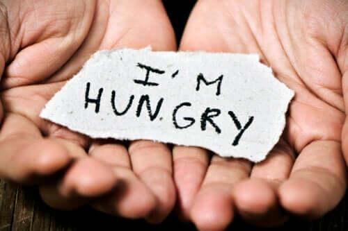 Diferenças entre a fome real e a ansiedade por comida. Descubra-as!