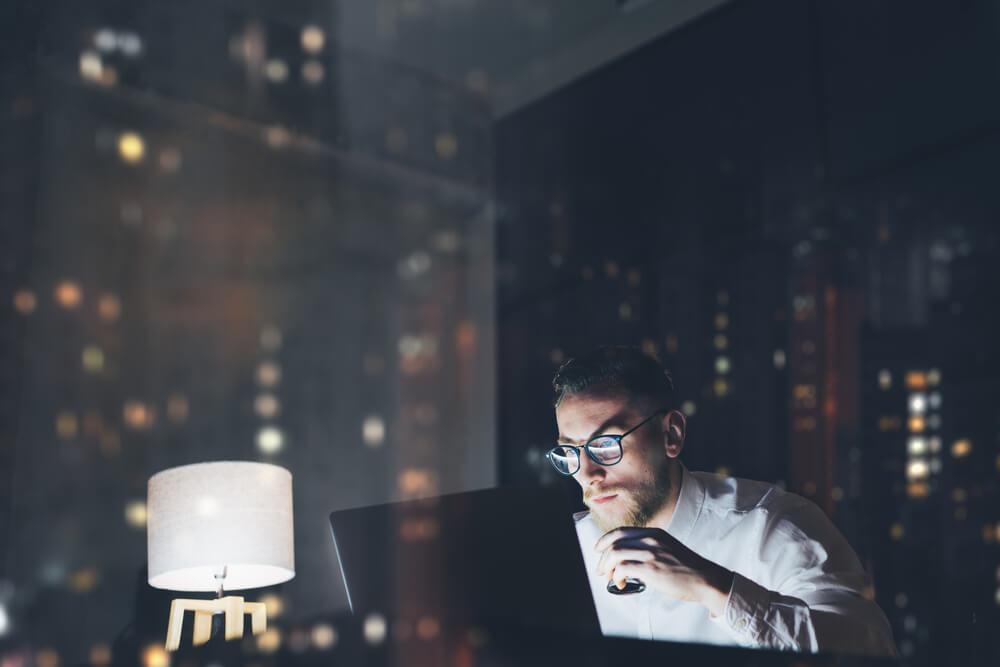 Pessoas com horário de trabalho noturno, 6 dicas dietéticas
