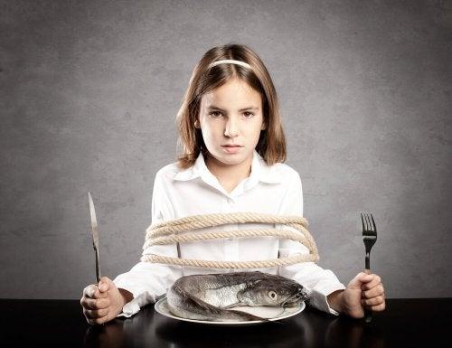 Se seus filhos não comem peixe não os obrigue