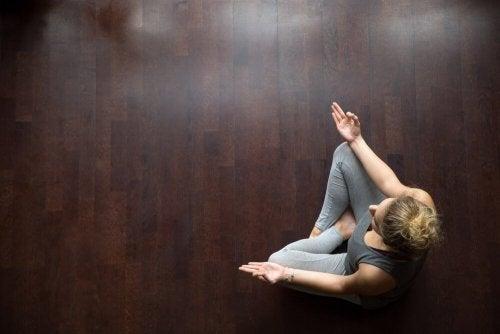Qual é o melhor ambiente para praticar ioga?