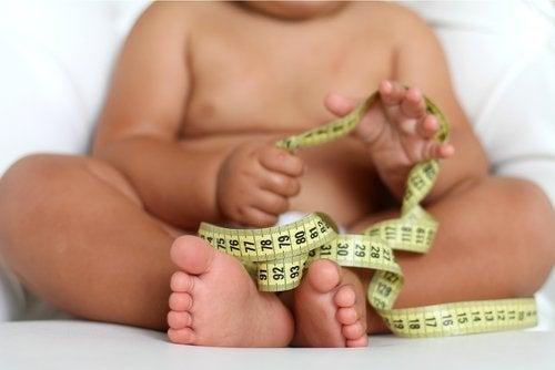 A obesidade em crianças se detecta na infância