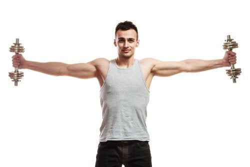Pode aumentar os músculos dos ombros treinando com hálteres