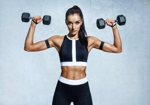 Exercícios para aumentar os músculos dos ombros