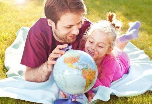Ajudar os filhos a se educar pode fazer com que eles alcancem os objetivos