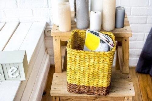 Como fazer porta-revistas com materiais reciclados